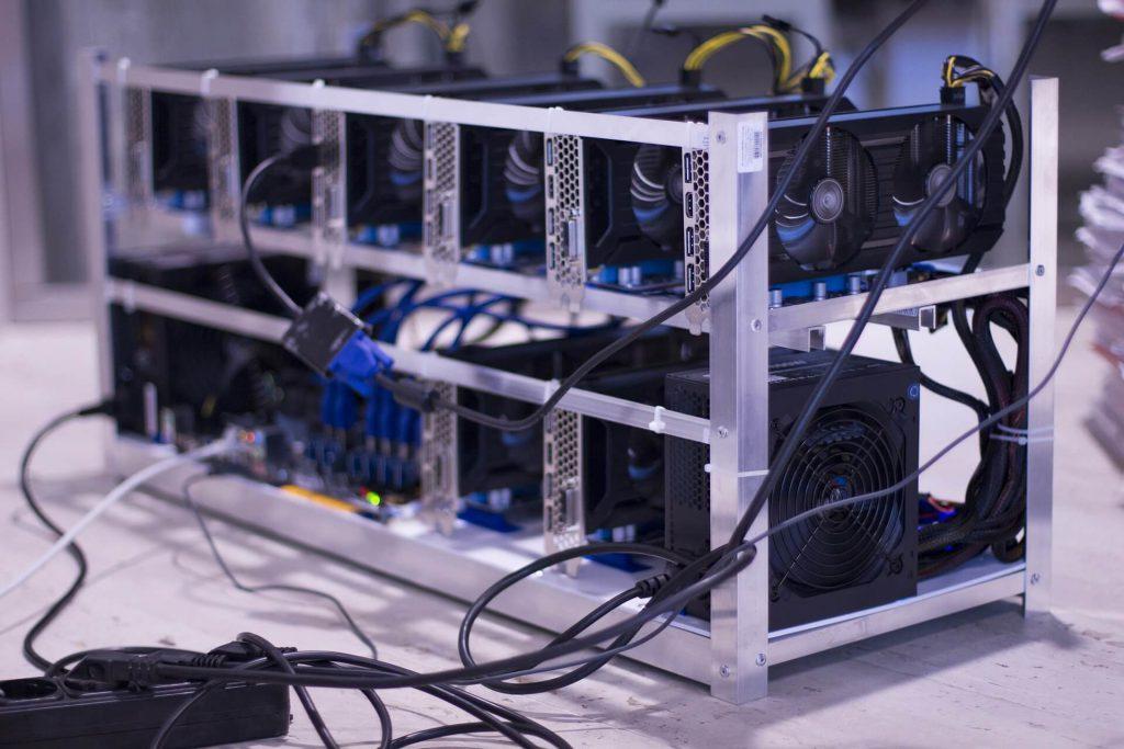 เครื่องมือหรือฮาร์ดแวร์สำหรับการขุด Bitcoin
